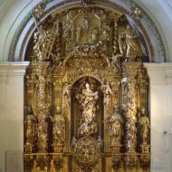 Sala 5. Retablo barroco de la capilla de la antigua Universidad Sertoriana de Huesca. © Foto Fernando Alvira. Museo de Huesca.