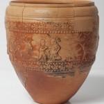 Vaso. Gaivs Valerivs Verdvllvs. Cerámica. 50-100. Huesca. NIG. 08345. © Foto Fernando Alvira. Museo de Huesca.