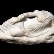Escultura. Mármol. La Corona (Bolea, Huesca). NIG. 10000. © Foto Fernando Alvira. Museo de Huesca.