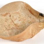Candil de cazoleta. s. XI. Yacimiento de Las Sillas de Marcén (Huesca). NIG. 07055. © Foto Fernando Alvira. Museo de Huesca.
