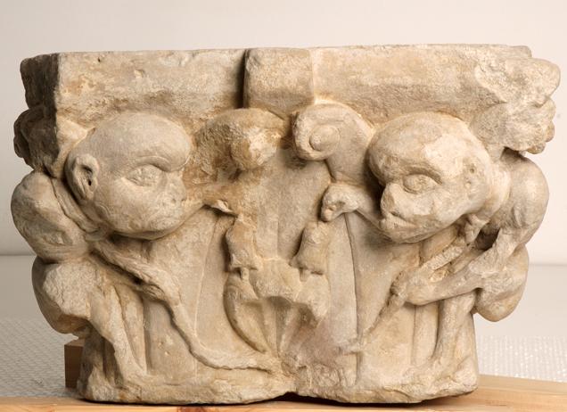 Capitel románico.c.1100. NIG 00168. Fot.F.Alvira. MdH
