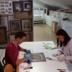 Almacén de Bellas Artes. Medición y preparación de obra para exposición (Fot.MdH)