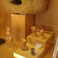 Vitrina figuras femeninas ibéricas, Sala 3, Museo de Huesca.